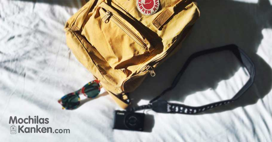 mochila fjallraven kanken collage